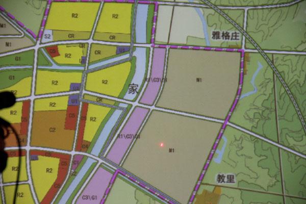 """威海市规划局 用地规划科王卫理答复""""目前在桥头工业园东部,在传统"""