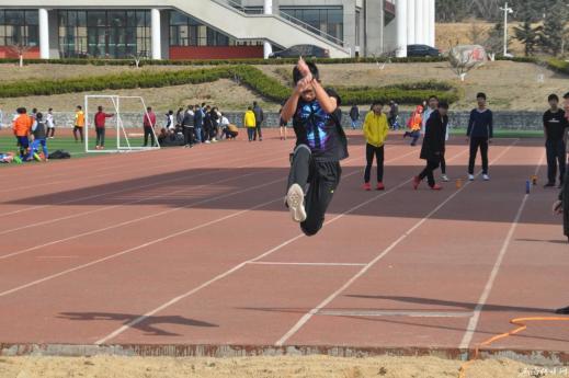 环翠区青少年体育后备人才培养基地举行冬训测试赛