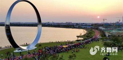 2018荣成滨海国际热气球文化艺术节开幕