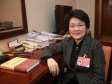 山东代表张永霞:用好企业信用平台奖优罚劣 让欠农民工工资的单位招不到人