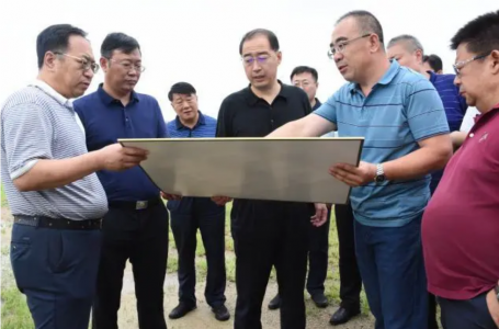 文登区委书记张宏璞到经济开发区调研项目建设工作